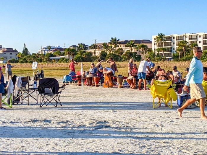 Siesta Key Drum Circle / 3 days in Sarasota, Florida / What to do in Sarasota, Where to eat in Sarasota, itinerary and information guide