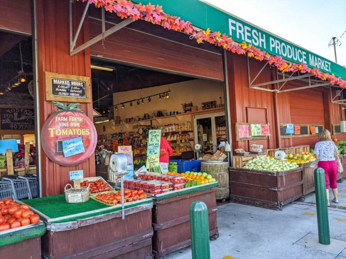 fresh market at Yoder's restaurant and Amish village in Sarasota, Florida