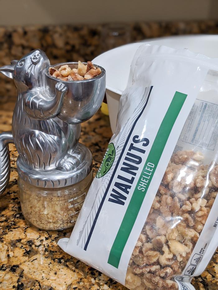 squirrel nut grinder for walnuts - honey walnut baklava recipe