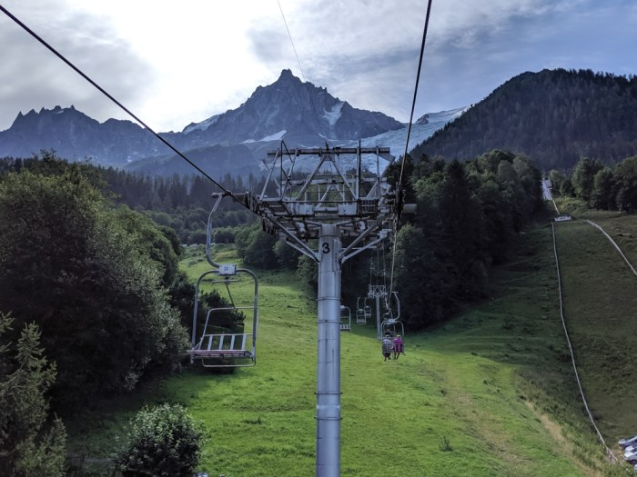 Awesome things to do in Chamonix in the summer: Alpine bucket list / taking the Bossons chairlift to coffee with a view at Chalet des Bossons