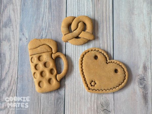 oktoberfest gift ideas, perfect gifts for oktoberfest lovers: oktoberfest cookie cutters from Etsy store CookieMatesCo, beer, pretzel, heart cookie cutters