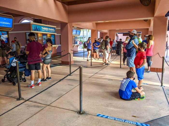 Social distancing at the entrance to Universal Orlando during the pandemic
