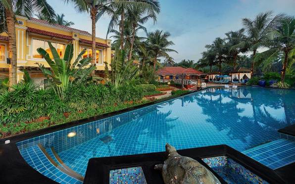 mayfair-goa Swimming-pool