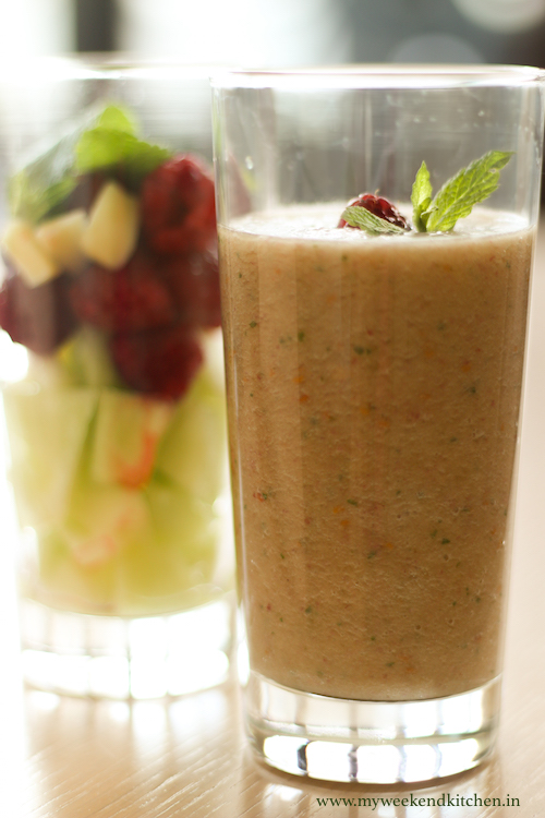melon and raspberry fruit smoothie recipe, healthy smoothie recipe,