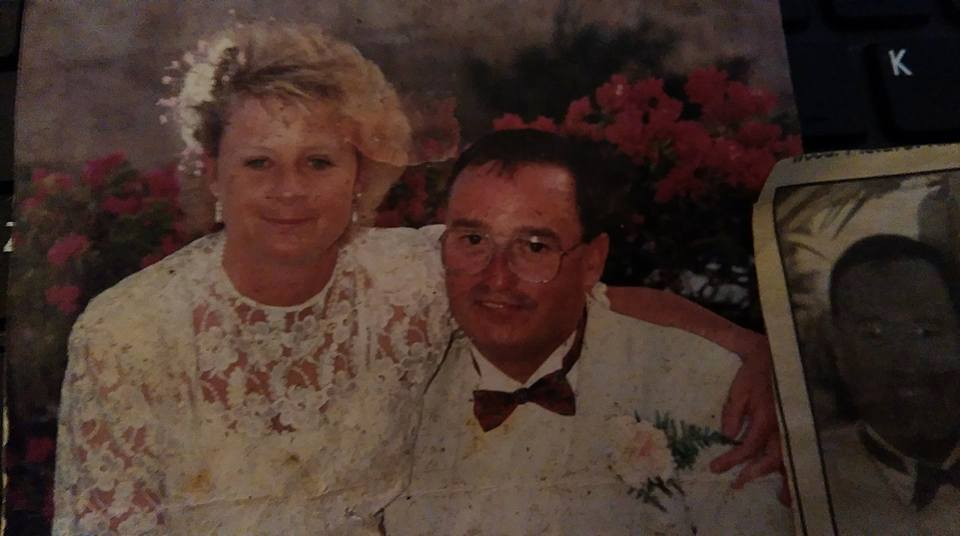 Mystery Westhoughton couple's suitcase of photos found in a London flat