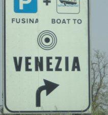 25042013.venezia.1cartello