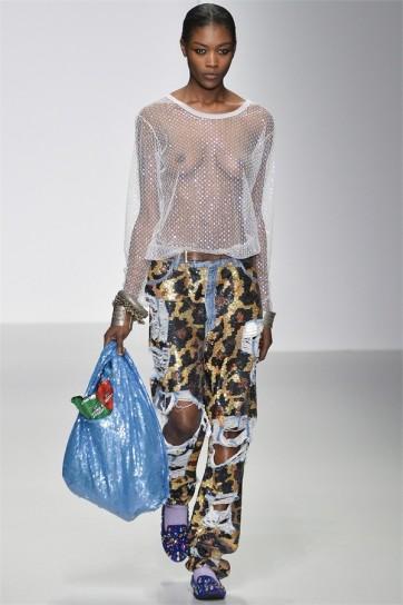 pantalone-leopard-di-ashish