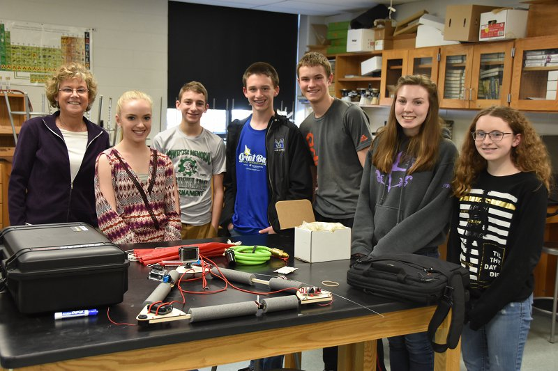 STEM Learning - Merrimack High School HAB Project Students