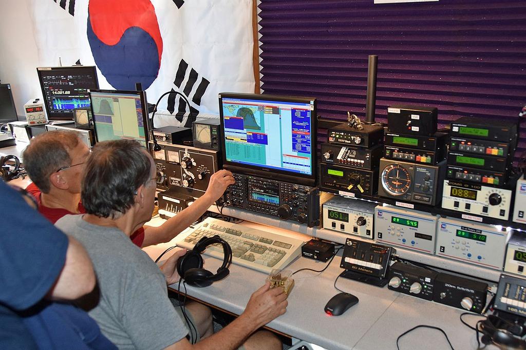 Dennis, K1LGQ Operating at KC1XX