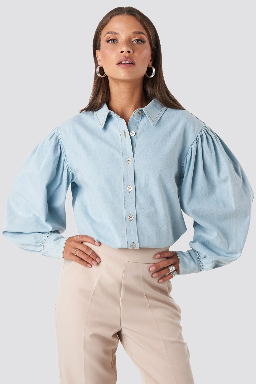 Puff sleeved denim shirt - Autumn/Winter 2019 must-haves