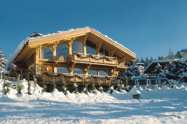 Why France is Ideal for Group Skiing Holidays
