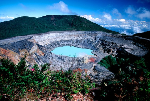 Poas Vulkan in Costa Rica (Foto: Patrick Roherty   iStockphoto   Thinkstock)