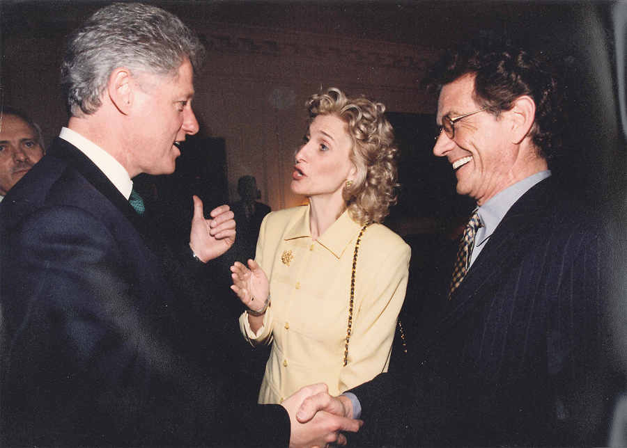 1992 Clinton at White House