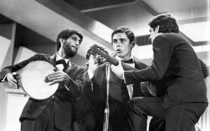 chicobuarque-and-mpb4-1967-3c2ba-festival-da-mpb-1-e1
