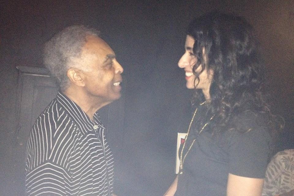 Marisa Monte descrive così il nuovo dvd in cui Gilberto Gil canta João