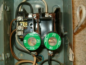 240V circuit fuses  Int'l Association of Certified Home