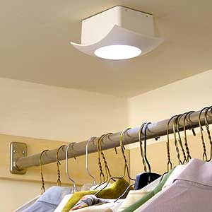 Ssafe lighting for a clothes closet