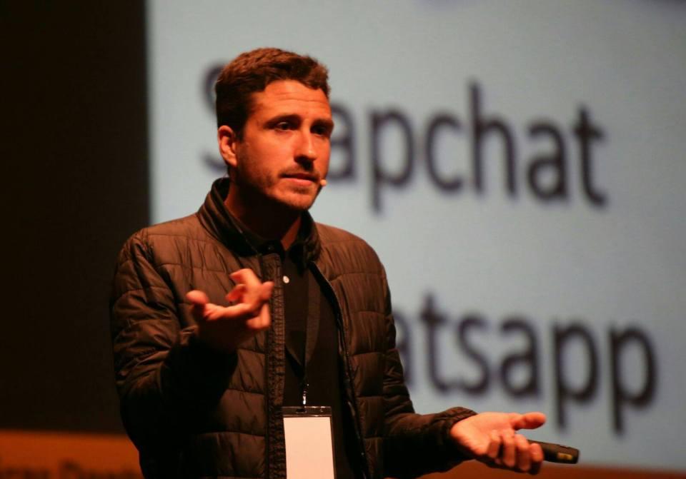 Nacho Tomás - Ponente