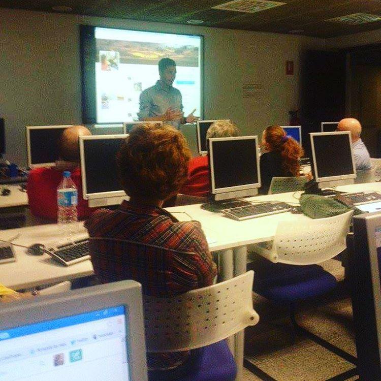 Nacho Tomás - Cursos de Formación - Marketing Online - Redes Sociales - Comunicación