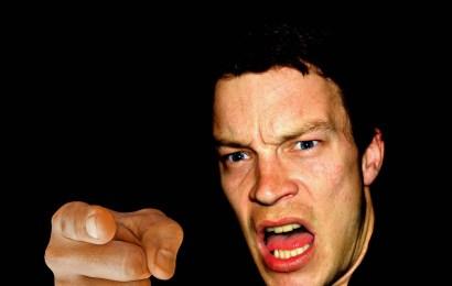 Beleidigungen, Nötigung und Bedrohung