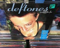 """Concurso: Gana el vinilo de """"Around The Fur"""" de Deftones"""