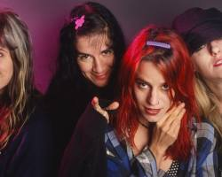 Las legendarias L7 anuncian su debut en Chile