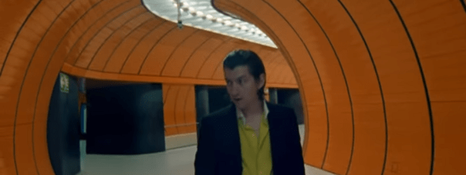 "Video: Arctic Monkeys se inspira en el cine de Stanley Kubrick en su nuevo clip ""For Out of Five"""