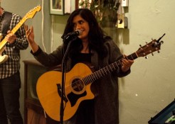 Raven Zoe @ Gigs4U Web Launch by AJ Dent for Nada Mucho