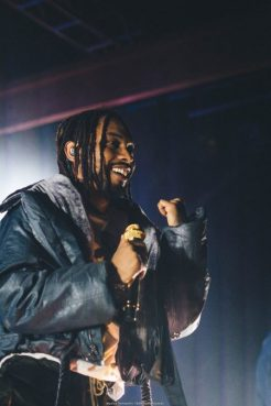 Miguel @ Showbox Sodo by Maurice Harmsberry for Nada Mucho (1)