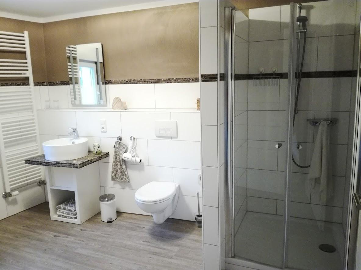 De badkamer in een Duitse AirBnb