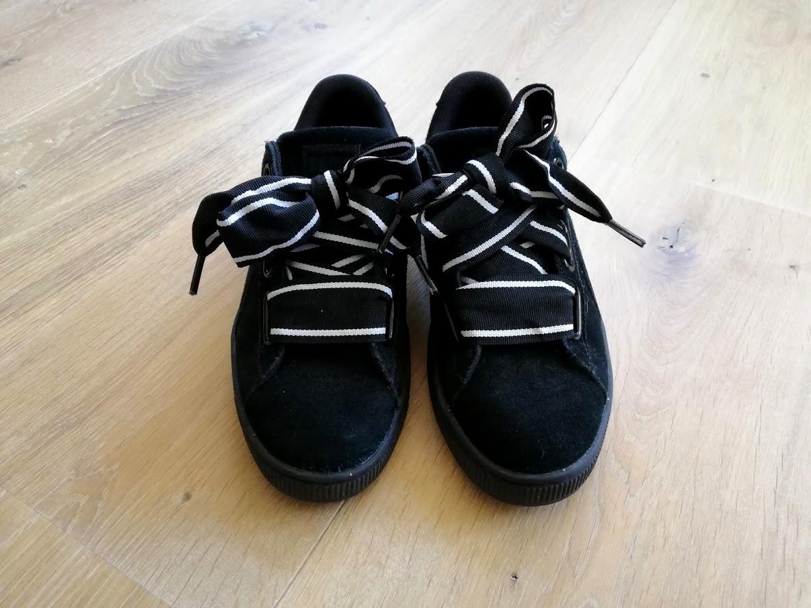 Vooraanzicht Puma suède schoenen