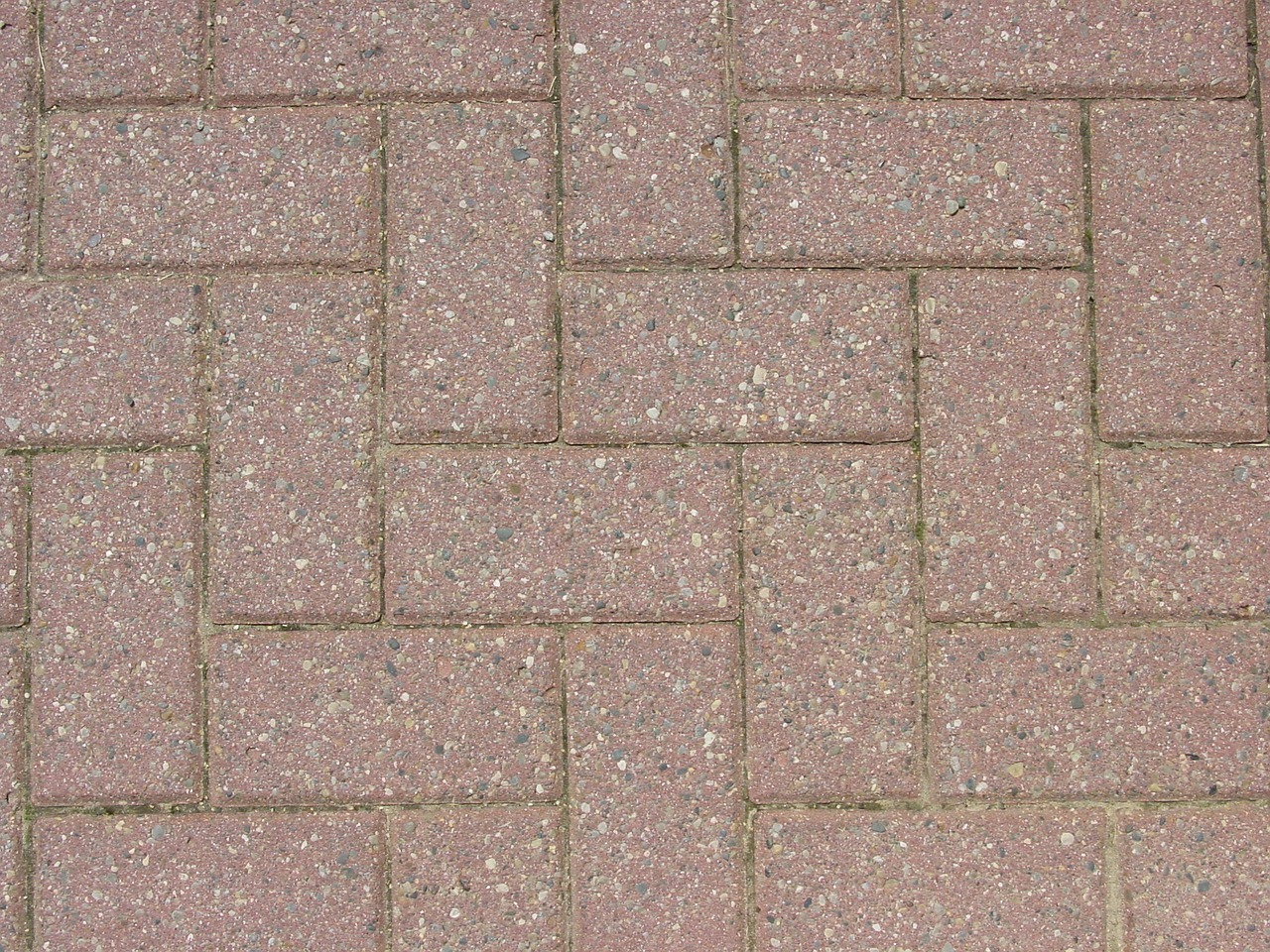 choosing a paving pattern na deck and