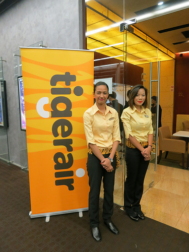 Singapore Contests Blog, Singapore Travel Blog, Singapore Lifestyle Blog, nadnut giveaway, Standard Chartered Tigerair Platinum Credit Card, Standard Chartered Tigerair Platinum Credit Card event, Standard Chartered Tigerair Platinum Credit Card giveaway, Nescafe Dolce Gusto giveaway, Standard Chartered Bank, nadnut, Tigerair
