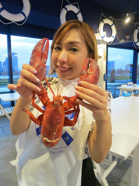 nadnut, crab in da bag, food