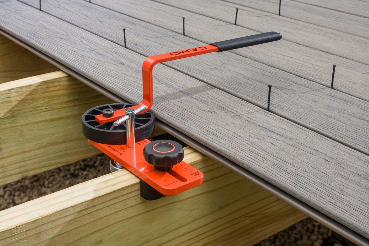 National Nail Launches Versatile CAMO® LEVER™ Tool for Fast, Easy Deck  Board Bending