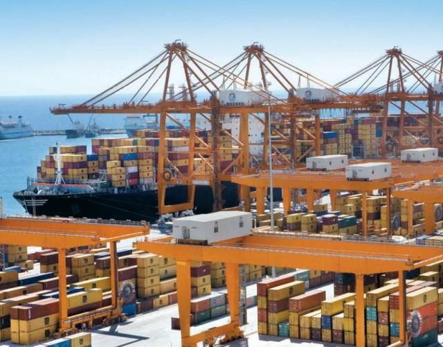 Αύξηση 6,4% στη διακίνηση εμπορευματοκιβωτίων από το λιμάνι του Πειραιά