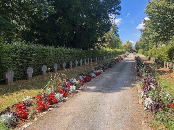 Friedhof Bruchsal Gefallenen Gräber