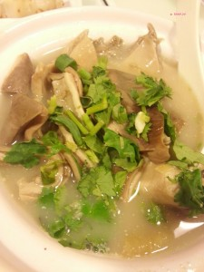 Day 3 In Hong Kong In July 2014 - Pig Stomach Soup @ Dim Dim Sum