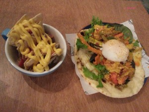 Fix Cafe - Chicken Tikka Naanwiches with Nachos