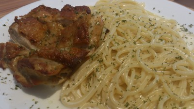 Oven Cafe Bistro - Chicken Spaghetti with Alfredo Sauce