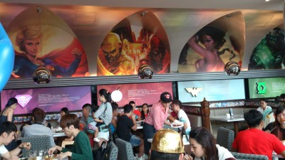 DC Comics Super Heroes Cafe - Cafe