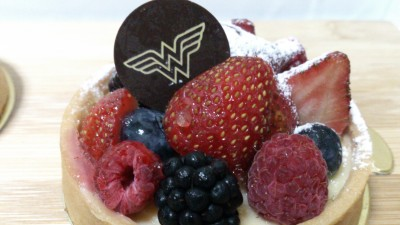 DC Comics Super Heroes Cafe - Summer Berries Tart