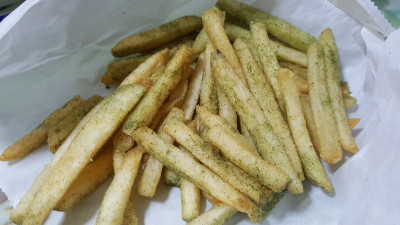 Jinjja Chicken - Sesame Seaweed Fries
