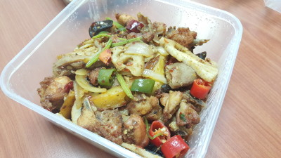 Old Si Chuan Dou Hua Zhuang - Griddle chicken 干锅鸡
