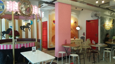 Oh My Tian Cafe, OMT - Interior