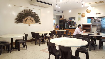 Spicy Thai Thai Restaurant At Aljunied Ave 2 - Interior Seats
