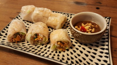 O Banh Mi Vietnamese Cafe at Tiong Bahru Plaza, Singapore - Pork & Prawn Summer Roll ($5.50)