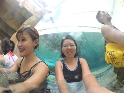 Exploring Adventure Cove Water Park With Casio FR200 - Selfie using Wide mode