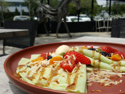 Portico Host At Alexandra, Homely, Cosy Ambience With Tasty Brunch - Nyonya Crepes