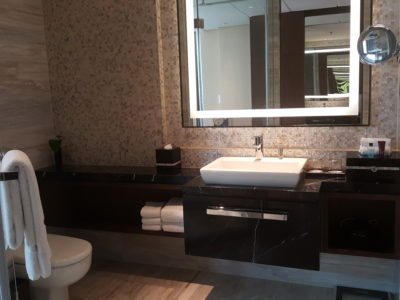 Shanghai Marriott Hotel Pudong East - Sink View